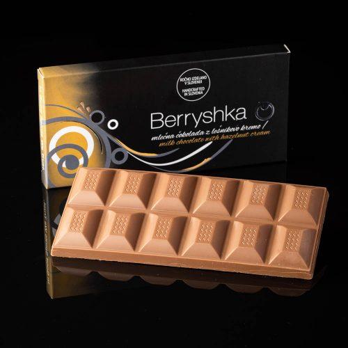 BERRYSHKA_čokoladnica_MLEČNA-ČOKOLADA-LEŠNIKOVA-KREMA_120g TABLICA